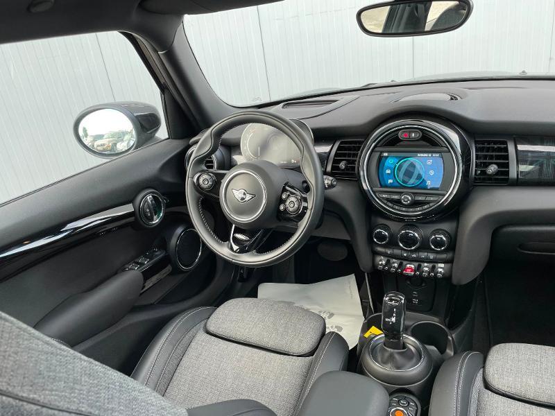Photo 9 de l'offre de MINI Mini 5 Portes Cooper 136ch Edition Greenwich BVA7 à 27900€ chez Dugast automobiles