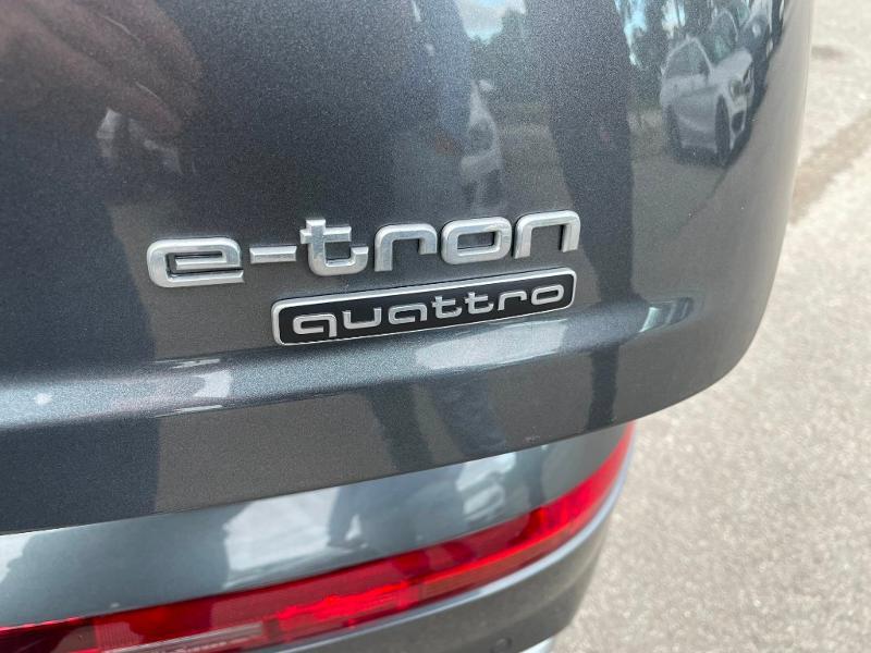 Photo 14 de l'offre de AUDI Q7 3.0 V6 TDI 373ch e-tron S line quattro Tiptronic à 69900€ chez Dugast automobiles