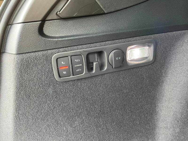 Photo 16 de l'offre de AUDI Q7 3.0 V6 TDI 373ch e-tron S line quattro Tiptronic à 69900€ chez Dugast automobiles