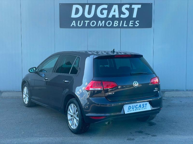 Photo 3 de l'offre de VOLKSWAGEN Golf 1.6 TDI 105ch BlueMotion Technology FAP Lounge 5p à 13900€ chez Dugast automobiles