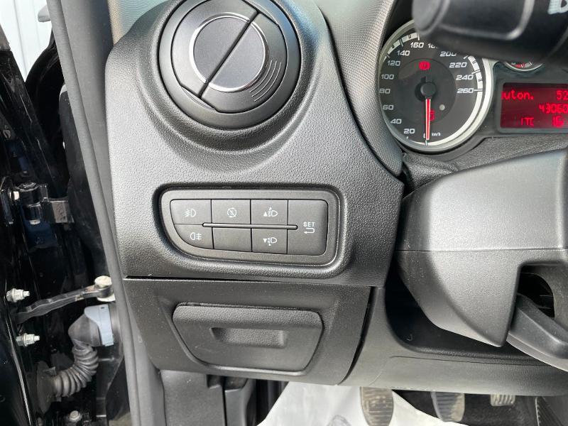 Photo 15 de l'offre de ALFA ROMEO MiTo 1.4 MPI 78ch Stop&Start à 8900€ chez Dugast automobiles