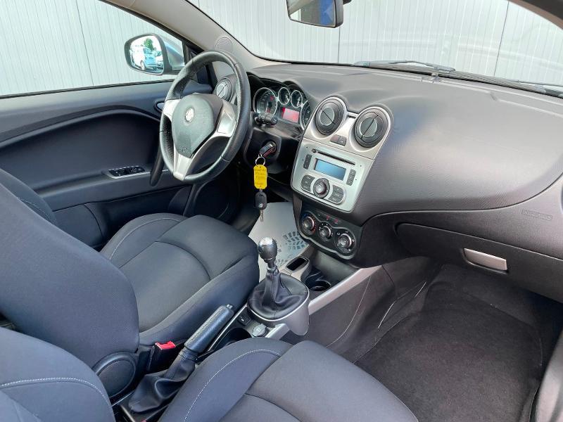 Photo 5 de l'offre de ALFA ROMEO MiTo 1.4 MPI 78ch Stop&Start à 8900€ chez Dugast automobiles
