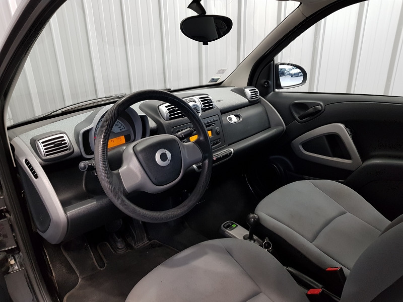 Photo 8 de l'offre de SMART FORTWO COUPE 61CH MHD PURE à 4490€ chez Auto VEC