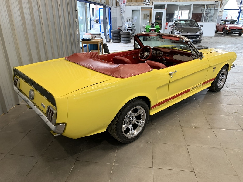 Photo 5 de l'offre de FORD MUSTANG RESTOMOD USA à 45990€ chez Auto VEC