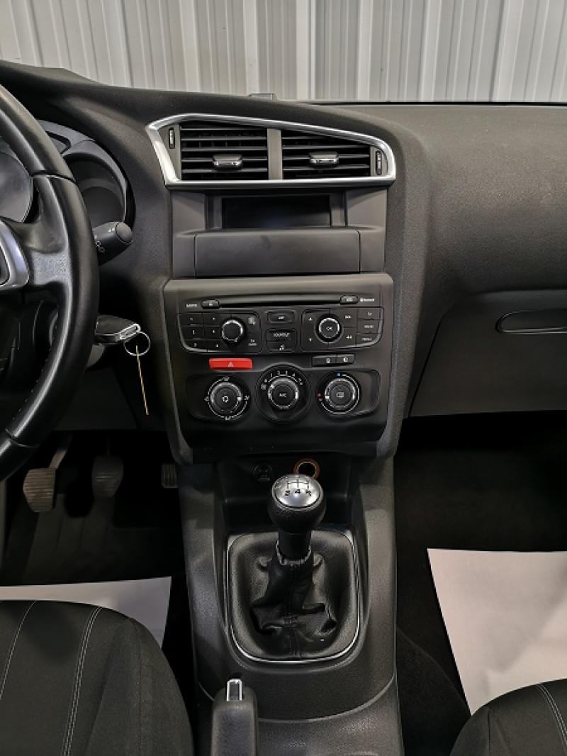 Photo 9 de l'offre de CITROEN C4 BLUEHDI 100CH LIVE à 8990€ chez Auto VEC