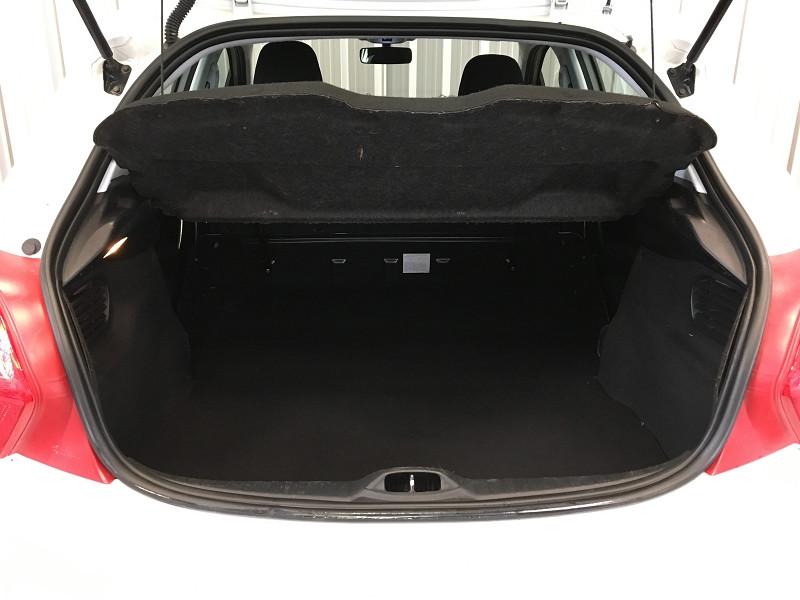 Photo 11 de l'offre de PEUGEOT 208 AFFAIRE 1.4 HDI 68 FAP PACK CD CLIM 5P à 6990€ chez Auto VEC