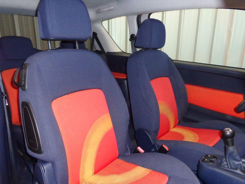 Photo 9 de l'offre de PEUGEOT 1007 1.4 HDI TRENDY à 3990€ chez Auto VEC