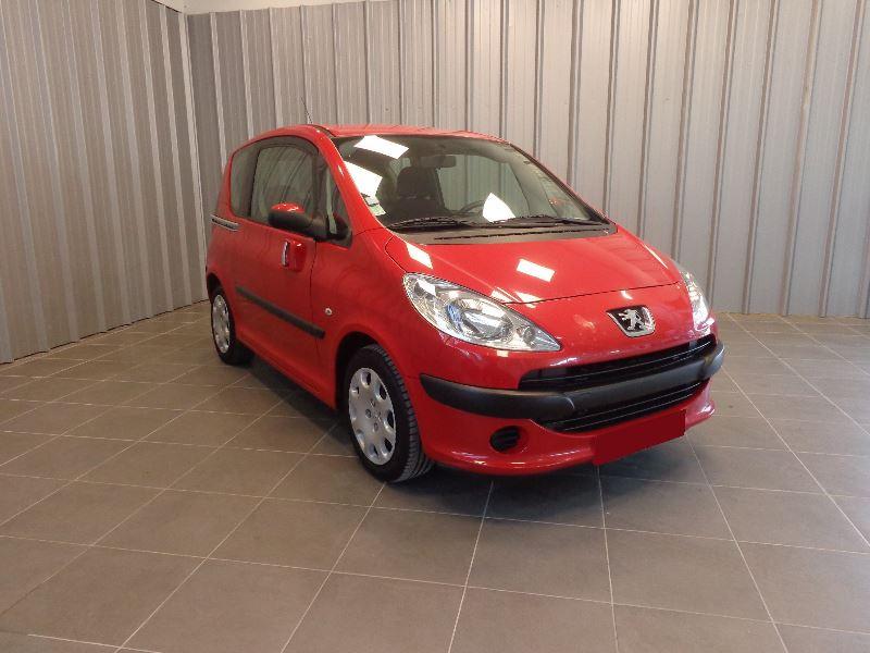 Photo 2 de l'offre de PEUGEOT 1007 1.4 HDI TRENDY à 3990€ chez Auto VEC