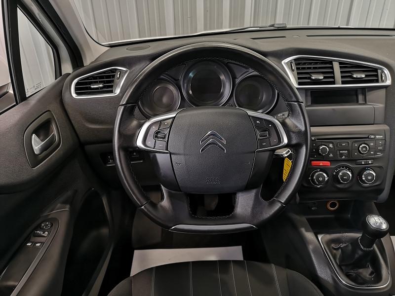 Photo 8 de l'offre de CITROEN C4 BLUEHDI 100CH LIVE à 8990€ chez Auto VEC