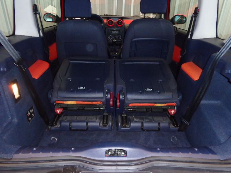 Photo 12 de l'offre de PEUGEOT 1007 1.4 HDI TRENDY à 3990€ chez Auto VEC