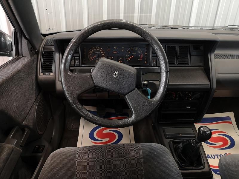 Photo 8 de l'offre de RENAULT 21 1.8 90CV GTS MANAGER à 3990€ chez Auto VEC