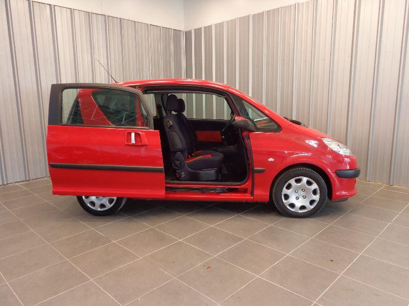 Photo 4 de l'offre de PEUGEOT 1007 1.4 HDI TRENDY à 3990€ chez Auto VEC