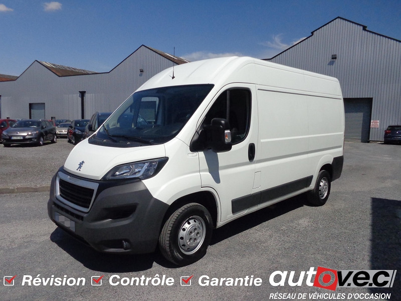 Peugeot BOXER FG 333 L2H2 2.0 BLUEHDI 130 S&S PREMIUM Diesel BLANC BANQUISE Occasion à vendre