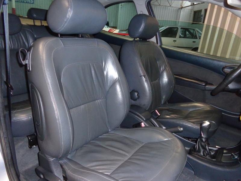 Photo 10 de l'offre de CITROEN XSARA COUPE 2.0 HDI110 VTS 3P à 3990€ chez Auto VEC