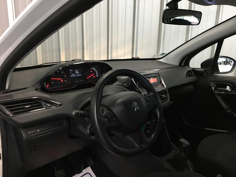 Photo 7 de l'offre de PEUGEOT 208 AFFAIRE 1.4 HDI 68 FAP PACK CD CLIM 5P à 6990€ chez Auto VEC