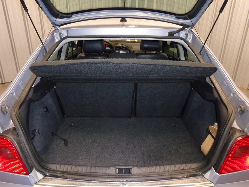 Photo 12 de l'offre de CITROEN XSARA COUPE 2.0 HDI110 VTS 3P à 3990€ chez Auto VEC