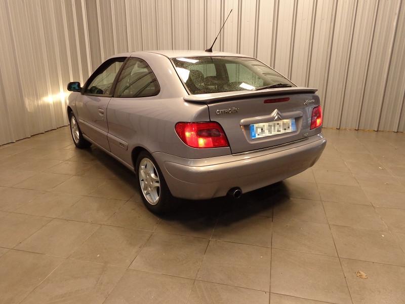 Photo 3 de l'offre de CITROEN XSARA COUPE 2.0 HDI110 VTS 3P à 3990€ chez Auto VEC