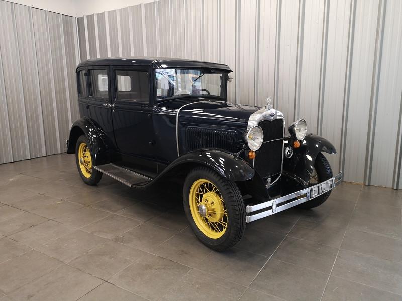 Ford A LIMOUSINE Essence BLEU Occasion à vendre