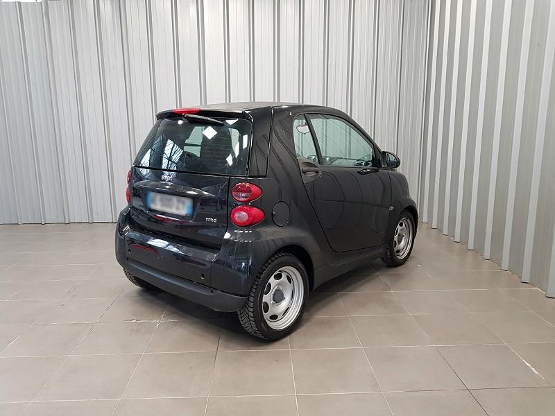 Photo 3 de l'offre de SMART FORTWO COUPE 61CH MHD PURE à 4490€ chez Auto VEC