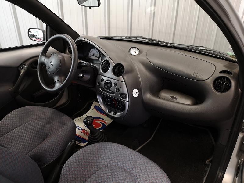 Photo 8 de l'offre de FORD KA 1.3 60CH OBSESSION 3P à 4490€ chez Auto VEC