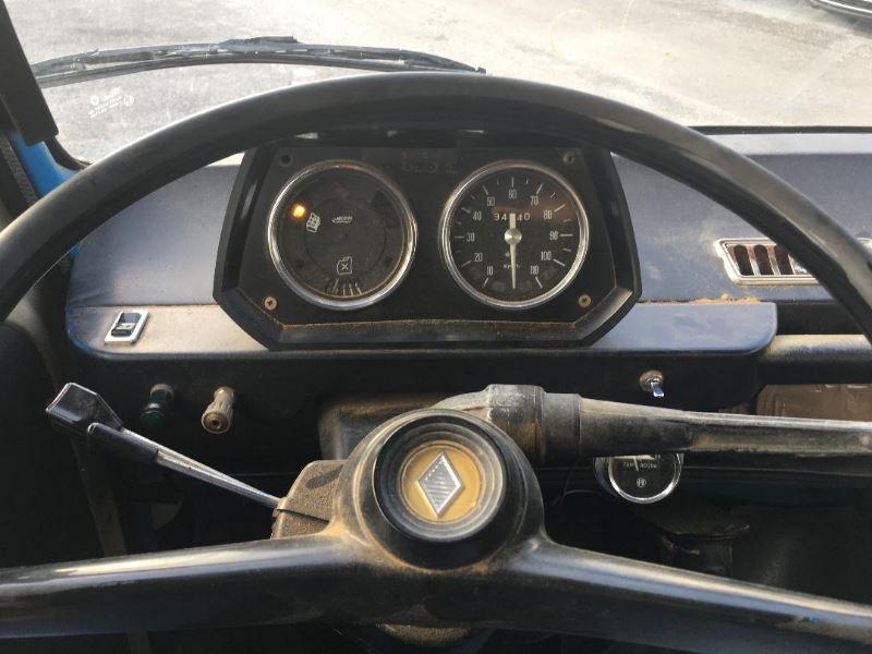 Photo 3 de l'offre de SAVIEM SG4  à 4490€ chez Auto VEC