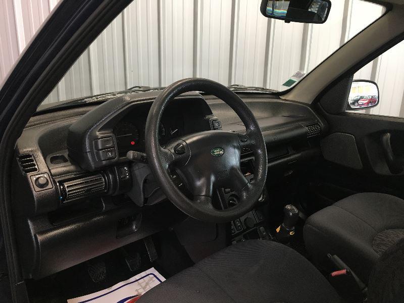 Photo 5 de l'offre de LAND-ROVER FREELANDER TD4 S MKIII 3P à 6490€ chez Auto VEC