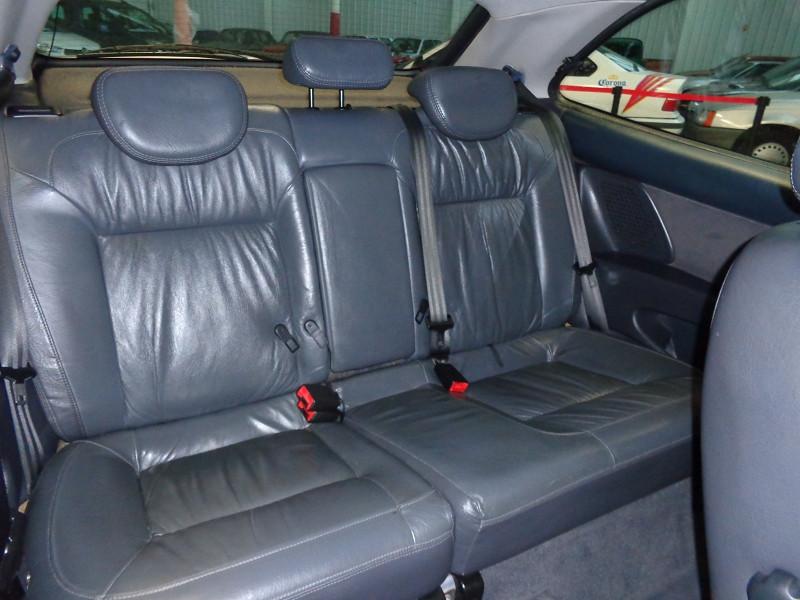 Photo 11 de l'offre de CITROEN XSARA COUPE 2.0 HDI110 VTS 3P à 3990€ chez Auto VEC