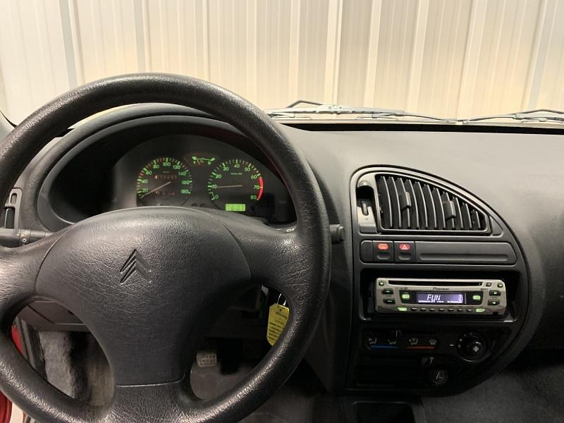 Photo 8 de l'offre de CITROEN SAXO 1.1 AUDACE 5P à 2990€ chez Auto VEC