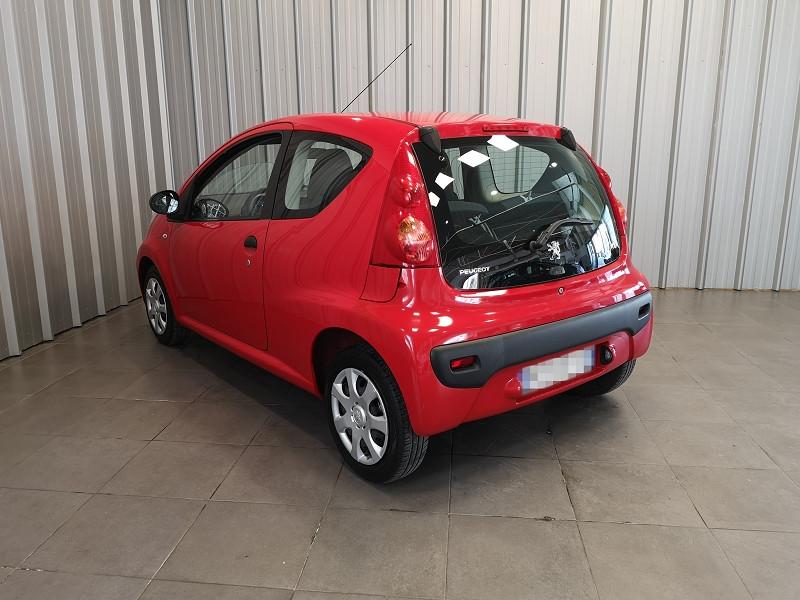 Photo 6 de l'offre de PEUGEOT 107 1.0 12V URBAN EURO5 3P à 5990€ chez Auto VEC