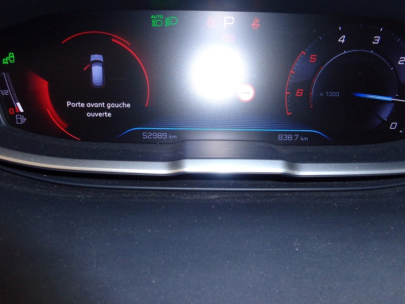 Photo 16 de l'offre de PEUGEOT 3008 1.6 BLUEHDI 120CH ACTIVE BUSINESS S&S EAT6 à 22990€ chez Auto VEC