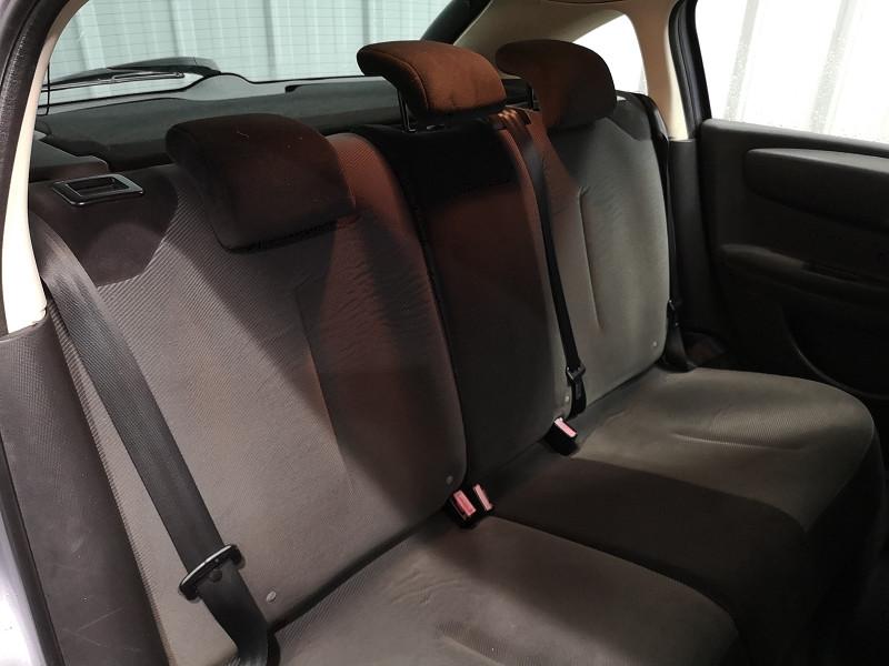 Photo 9 de l'offre de CITROEN C4 1.6 HDI92 PACK à 3990€ chez Auto VEC