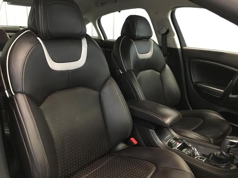 Photo 8 de l'offre de CITROEN C5 3.0 V6 HDI 240 FAP EXCLUSIVE BVA6 à 8490€ chez Auto VEC