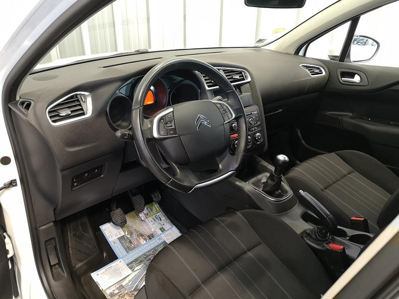 Photo 4 de l'offre de CITROEN C4 STE 1.6 BLUEHDI 100 LIVE à 7490€ chez Auto VEC