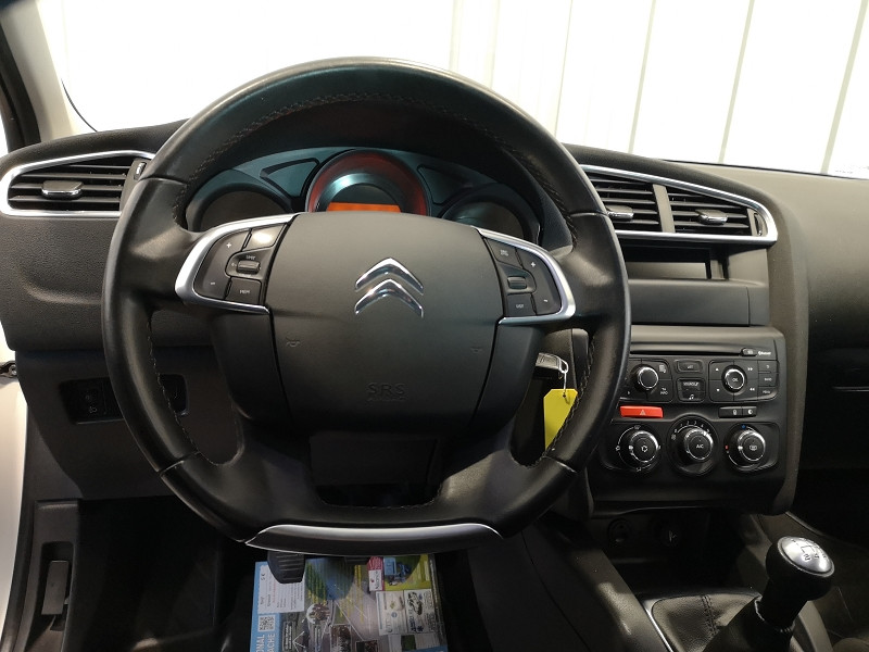 Photo 6 de l'offre de CITROEN C4 STE 1.6 BLUEHDI 100 LIVE à 7490€ chez Auto VEC