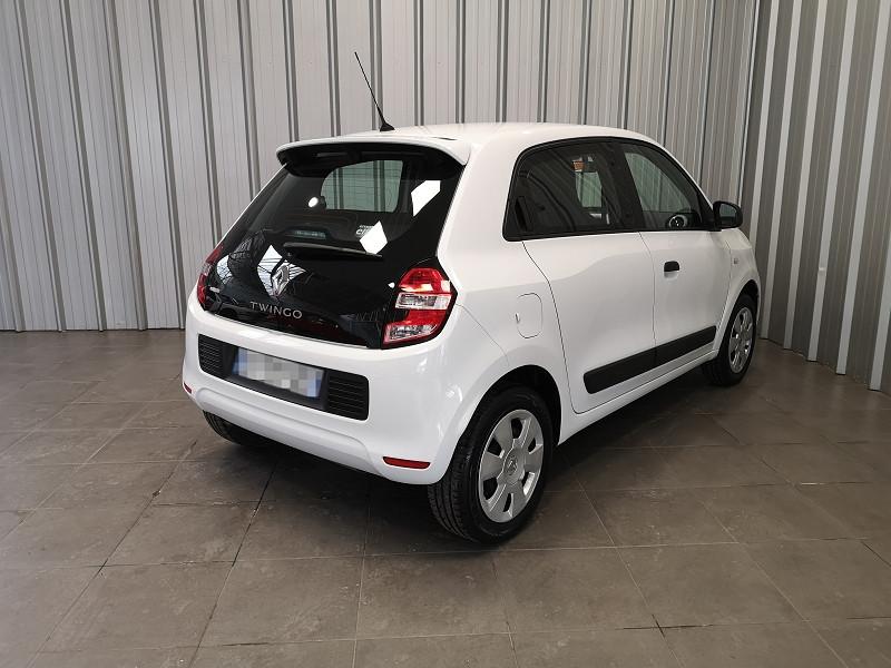 Photo 5 de l'offre de RENAULT TWINGO III 1.0 SCE 70CH LIFE 2 BOITE COURTE EURO6 à 7990€ chez Auto VEC