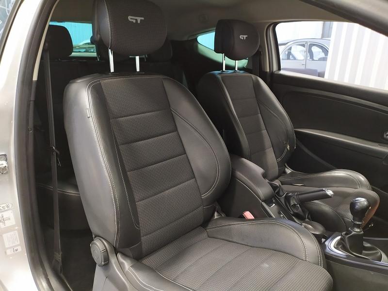 Photo 11 de l'offre de RENAULT MEGANE III COUPE 2.0 DCI 160CH FAP GT à 6490€ chez Auto VEC