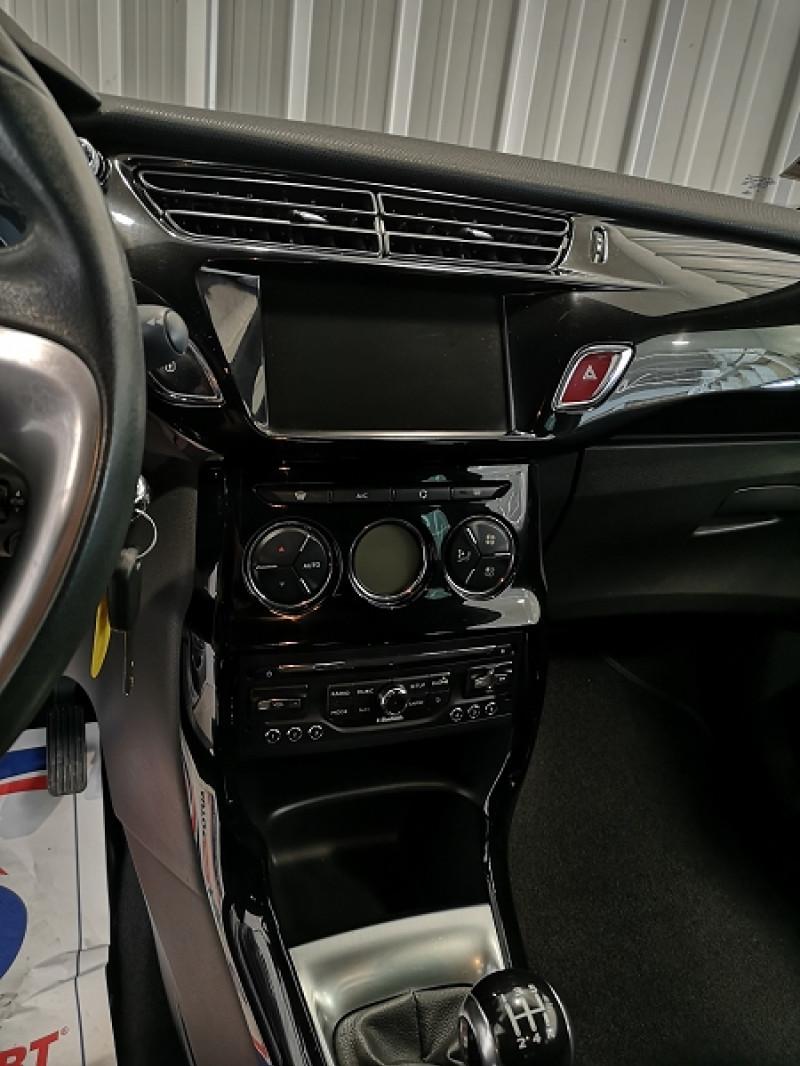 Photo 10 de l'offre de CITROEN DS3 1.6 E-HDI90 SO CHIC 4CV à 9490€ chez Auto VEC