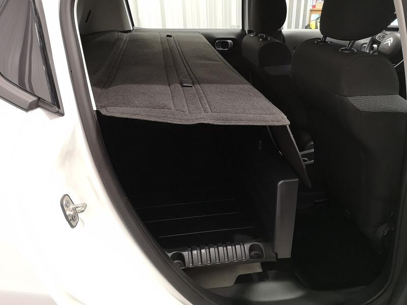 Photo 16 de l'offre de CITROEN C3 STE 1.6 BLUEHDI 75CH S&S FEEL NAV à 9990€ chez Auto VEC