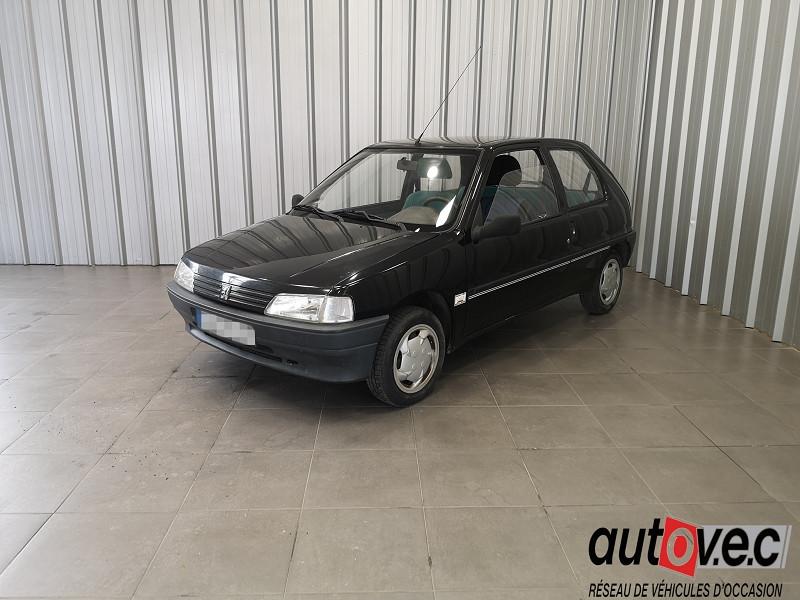 Peugeot 106 1.0 KID 3P Essence NOIR Occasion à vendre