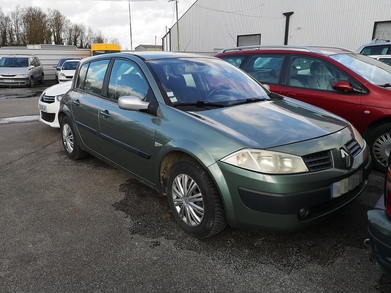 Renault MEGANE II 1.6 16V 115CH CONFORT AUTHENTIQUE Essence VERT C Occasion à vendre