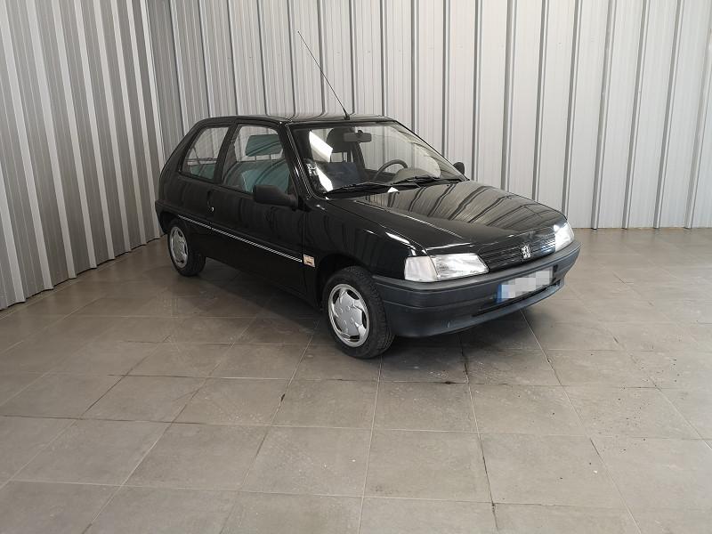 Photo 2 de l'offre de PEUGEOT 106 1.0 KID 3P à 2990€ chez Auto VEC