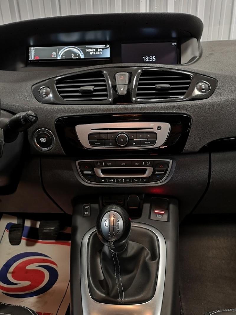 Photo 9 de l'offre de RENAULT SCENIC III 1.5 DCI 110CH ENERGY BOSE ECO² à 8490€ chez Auto VEC