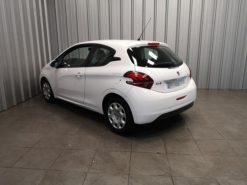 Photo 6 de l'offre de PEUGEOT 208 1.6 BLUEHDI 75CH ACTIVE 3P à 7990€ chez Auto VEC