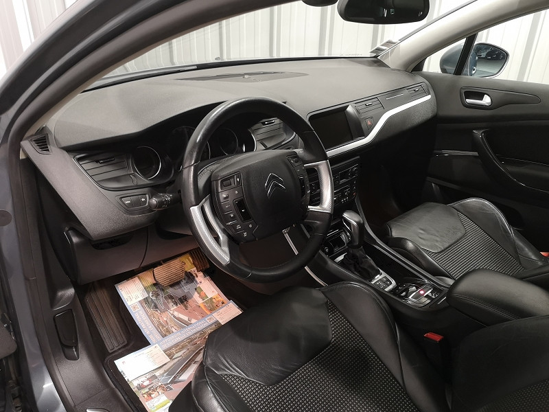 Photo 7 de l'offre de CITROEN C5 TOURER 2.0 HDI160 FAP EXCLUSIVE BVA6 à 7490€ chez Auto VEC