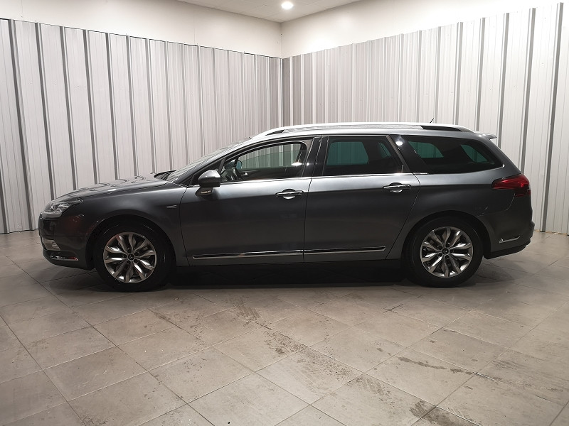 Photo 3 de l'offre de CITROEN C5 TOURER 2.0 HDI160 FAP EXCLUSIVE BVA6 à 7490€ chez Auto VEC