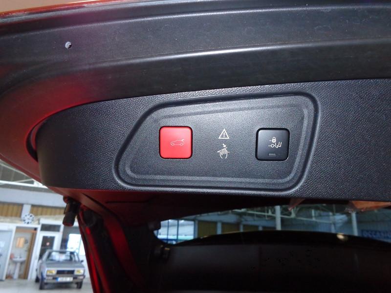 Photo 13 de l'offre de PEUGEOT 3008 1.6 BLUEHDI 120CH ACTIVE BUSINESS S&S EAT6 à 22990€ chez Auto VEC