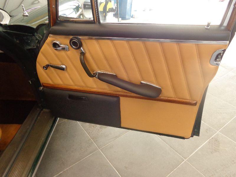 Photo 6 de l'offre de MERCEDES 220 SE à 22990€ chez Auto VEC