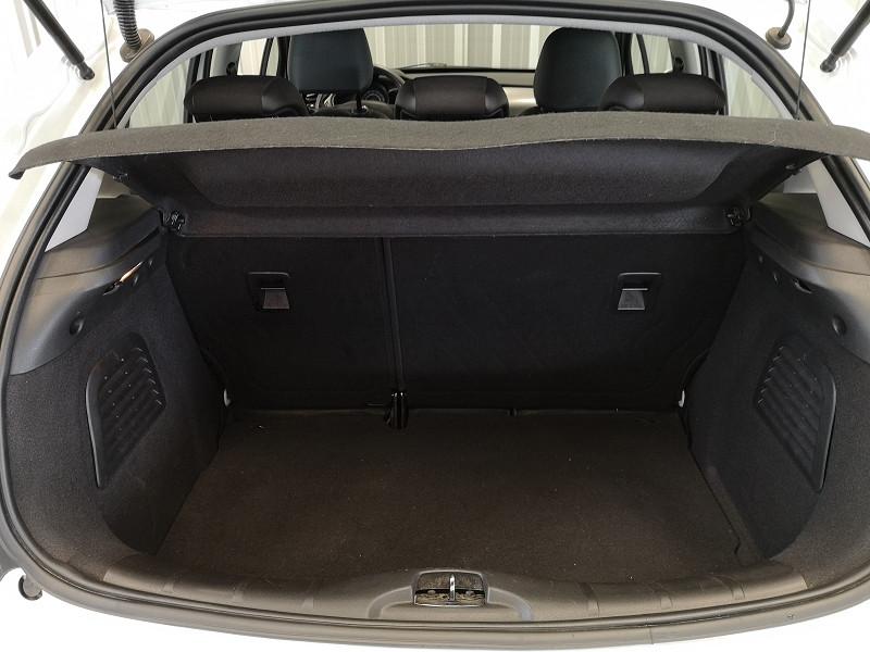 Photo 14 de l'offre de CITROEN C3 1.4 HDI70 BUSINESS à 7490€ chez Auto VEC
