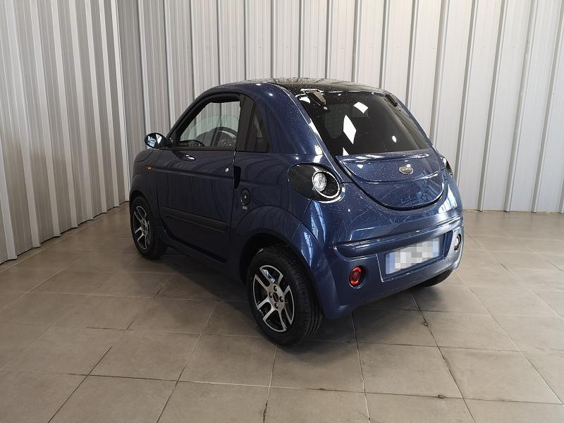 Photo 6 de l'offre de MICROCAR DUE PLUS PROGRESS à 8490€ chez Auto VEC
