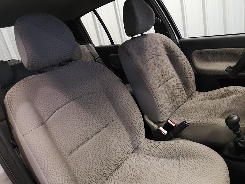 Photo 11 de l'offre de RENAULT CLIO II 1.5 DCI 65CH CAMPUS 5P à 4490€ chez Auto VEC